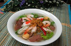 Pho Dui Bo My Tho Style Soup