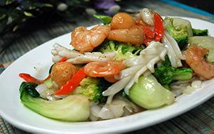 Pho Dui Bo See Food Stir Fry
